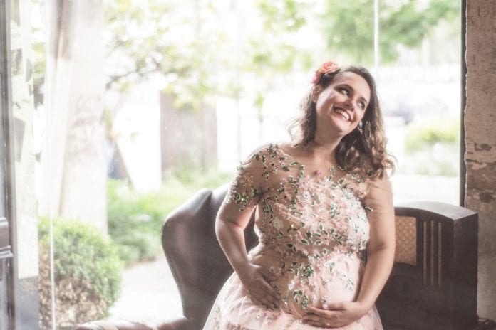 jak dbać o włosy podczas ciąży